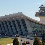 Dulles International Airport, Concourse C & D: Image 1 of 2